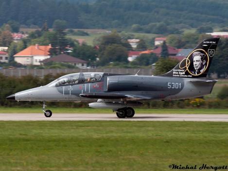 L-39CM
